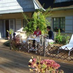 Petit déjeuner sur la terrasse octobre 2014-3